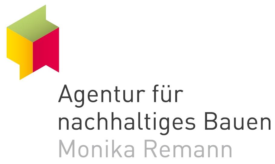 Berlin spart Energie: Führung vom genossenschaftlichen Wohnen mit regenerativer Energie zum Passivhaus mit Dachgarten