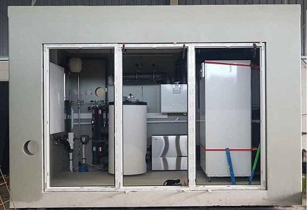 Technikzelle mit Installationen
