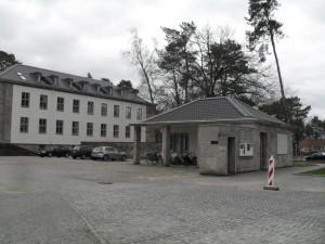 2015-02-10_Torhaus_Clayallee11